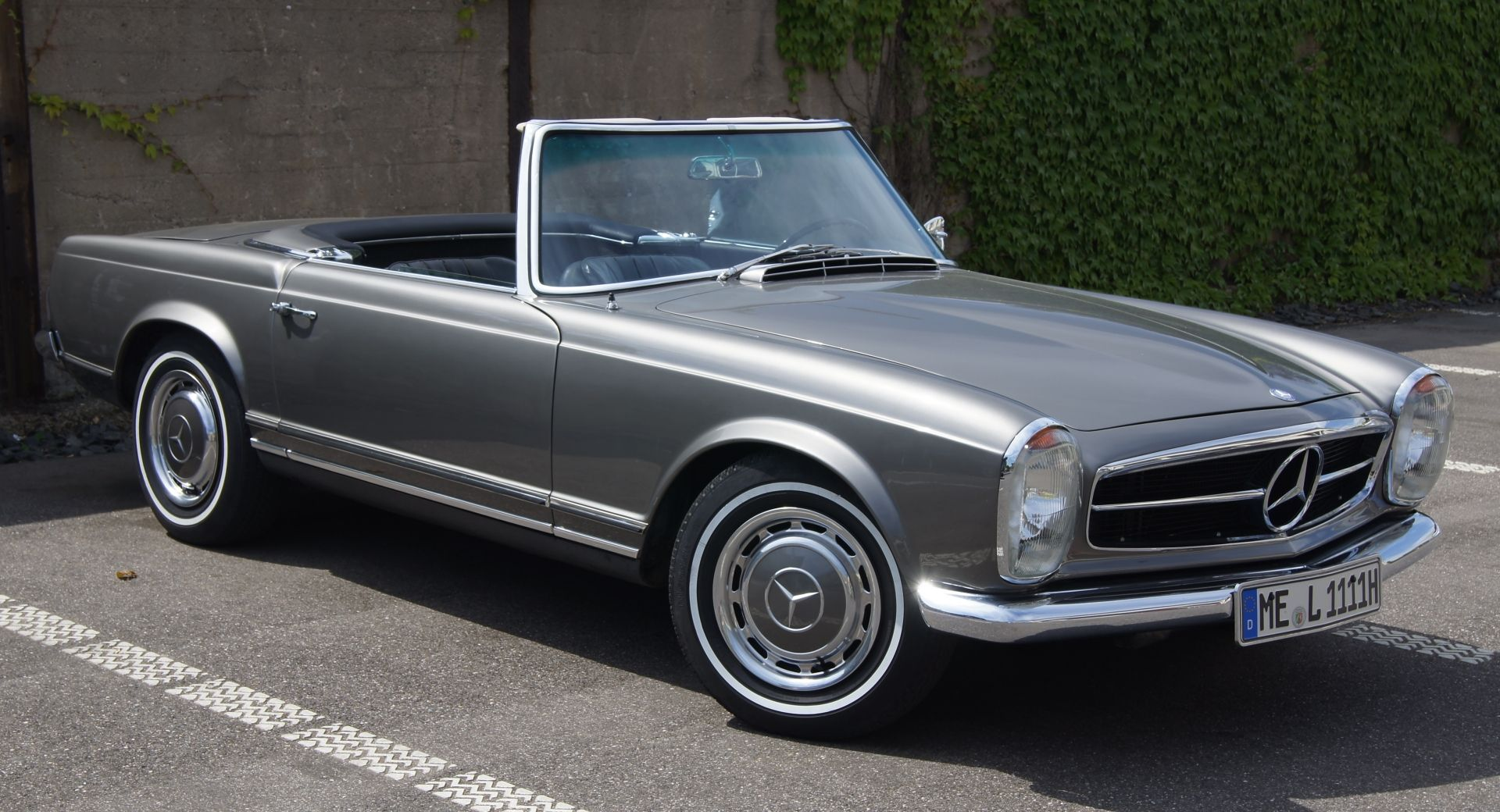 Mercedes benz w113 230 sl pagode k l nleges aut k for Mercedes benz of louisville