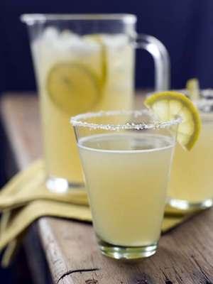 Limonata sağlık taşır