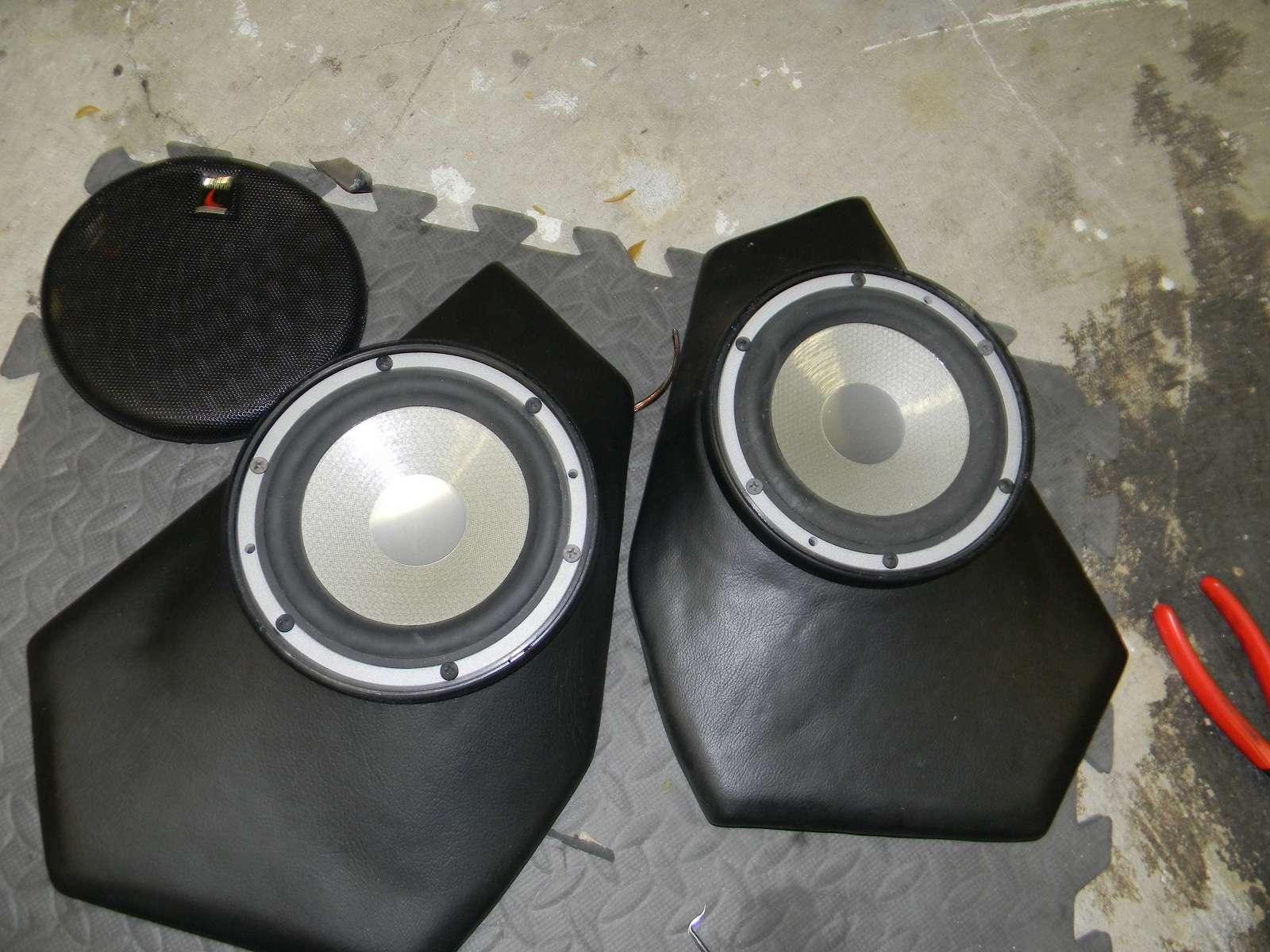 $50 shipped for the pods! & e34 custom door speaker pods